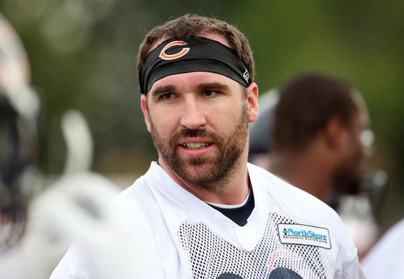 chi-jared-allen-misses-bears-practice-20140804-001
