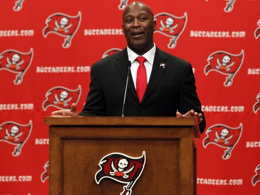 lovie-smith-bucs